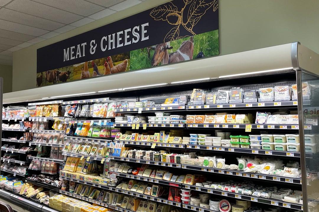Ukiah Natural Foods_Signage_VisualPro3